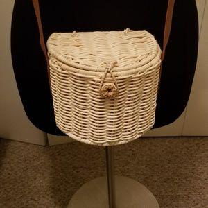 NWOT Cute Wicker Bucket Crossbody